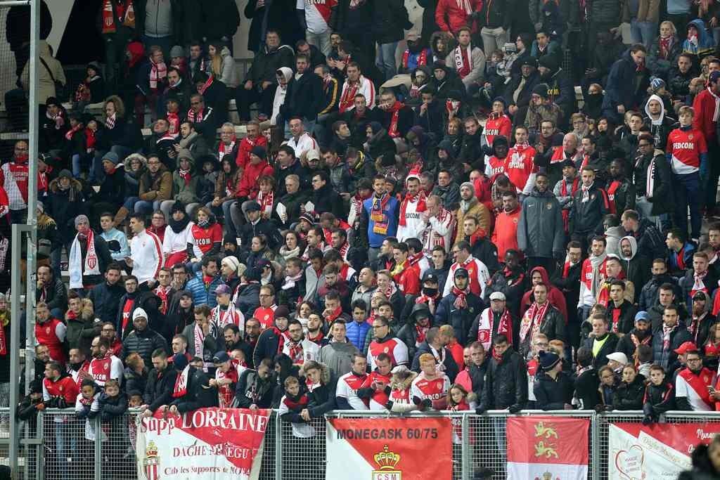 Suporter Monaco (Foto: AFP)