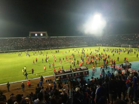 Suasana Stadion Kanjuruhan pas ricuh terjadi di laga Arema