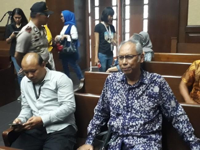 Terdakwa merintangi penyidikan KTP berbasis elektronik (KTP-el) Bimanesh Sutarjo - Medcom.id/Damar Iradat.