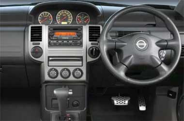 Pedal gas mobil Nissan yang pakai sistem sensor, perlu di cek