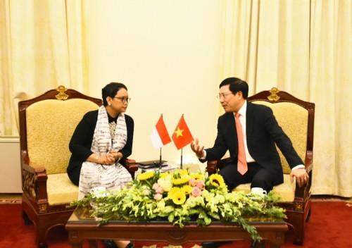 Menteri Luar Negeri RI Retno Marsudi dan Menteri Luar Negeri