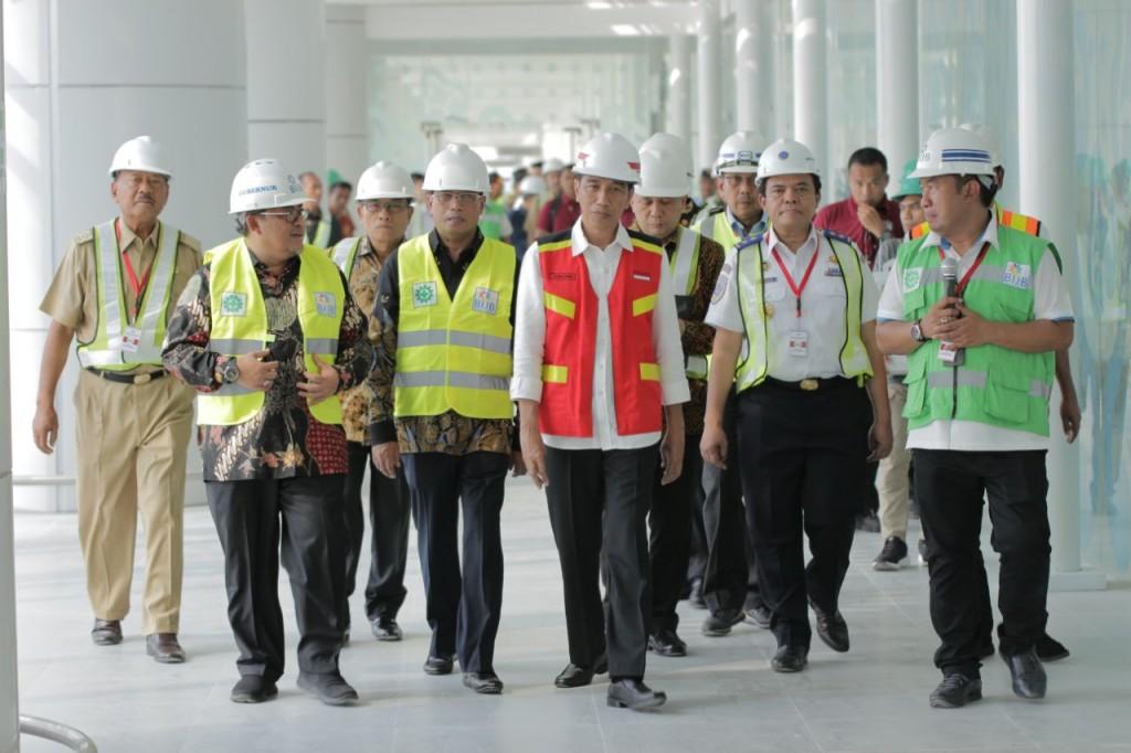 Presiden Joko Widodo saat mengunjungi BIJB. Foto: Humas BIJB.