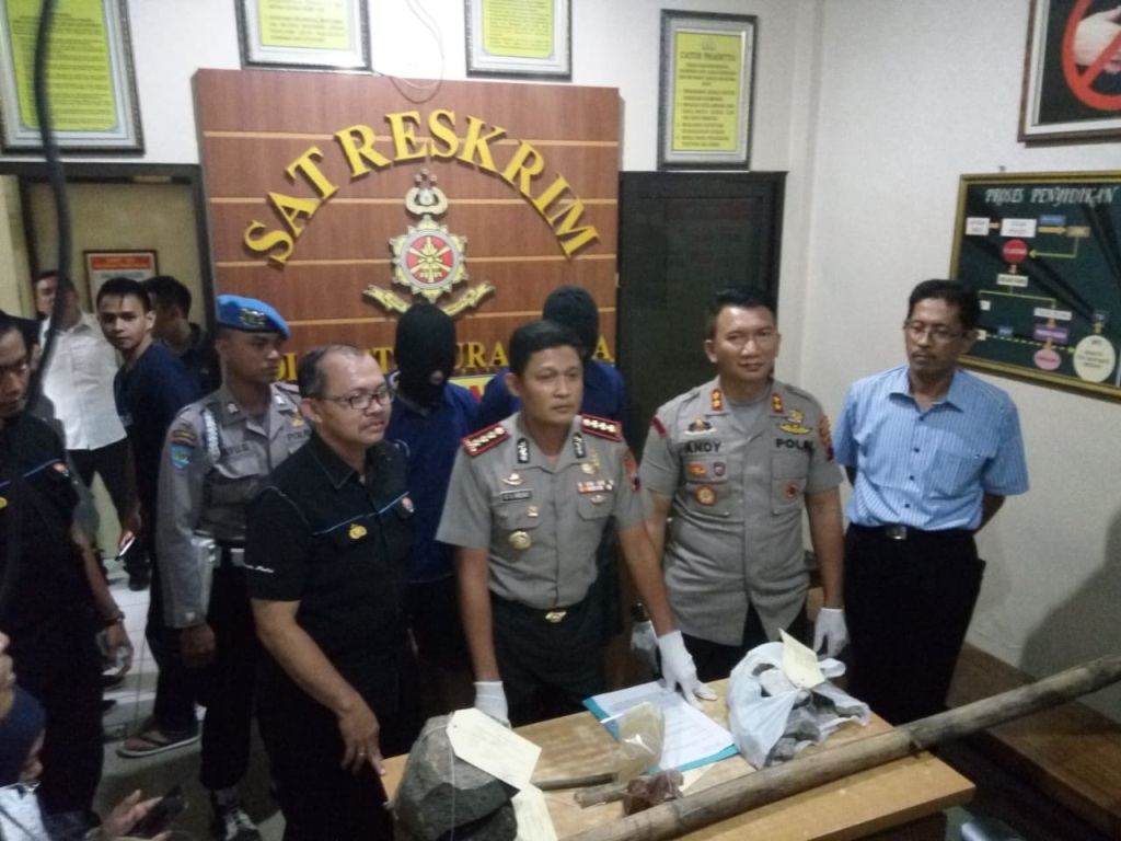 Kapolresta Surakarta saat saat merilis kasus penyerangan terhadap suporter Persebaya Surabaya, Selasa, 17 April 2018. (Foto: medcom.id/Pythag Kurniati)