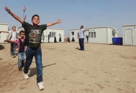 Sebuah desa bernama Az-Zuhoor di Irak kembali memiliki sekolah