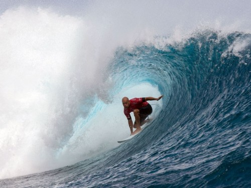 Kompetisi selancar di Australia batal karena banyak hiu. (Foto: