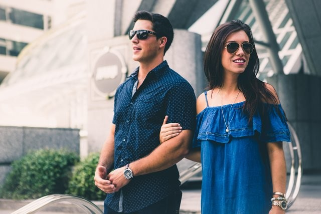 Meski terdengar sederhana, nyatanya kalimat positif  ini cukup memberikan motivasi pada pasangan Anda. (Foto: Stephen Cook/Unsplash.com)