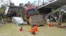 Ekonomi Jatim Terganggu Ambruknya Jembatan Widang