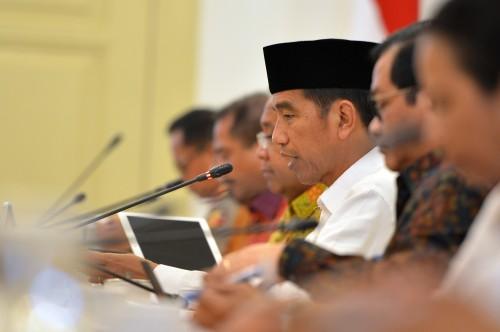 Jokowi Gelar Ratas Percepatan Pelaksanaan Berusaha