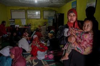 Pengungsi Korban Gempa Banjarnegara Bertambah