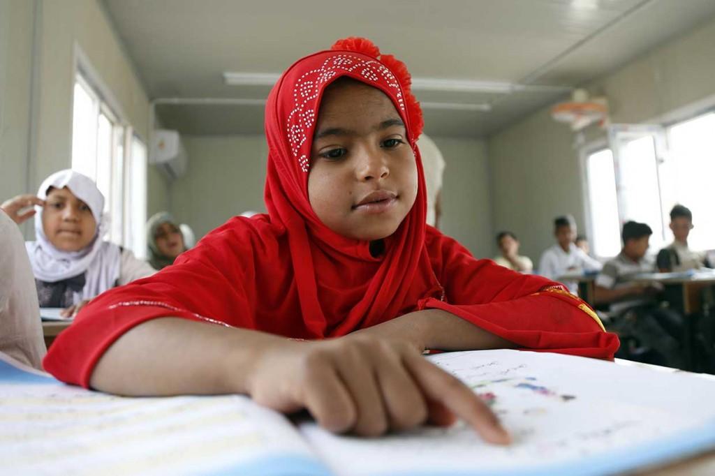 Setelah 14 Tahun, Anak-anak Kawliya-Irak Kembali Bersekolah