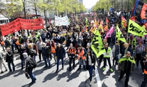 Pemogokan yang terjadi di Prancis (Foto: AFP).