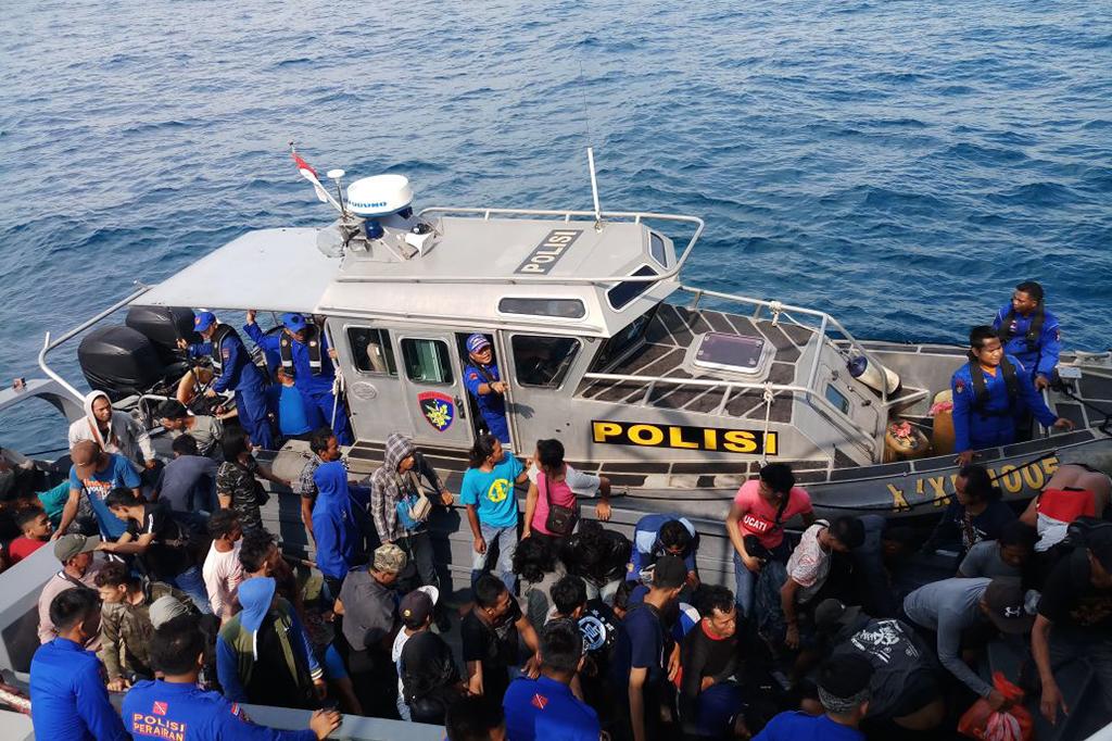 Kapal Pembawa Ratusan TKI Ilegal di Riau Berhasil Diamankan
