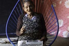 Nenek 96 Tahun Ini Penuhi Impian Masuk SMA