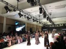 Peragaan Busana dengan Tema Modest Fashion yang Simpel