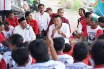 TB Hasanuddin Sambangi Nelayan Cirebon