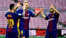Rakitic Menyayangkan jika Iniesta Hengkang