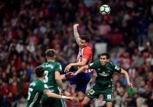 Real Betis Bantu Barcelona dengan Menahan Imbang Atletico