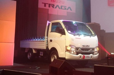 Traga Mengaspal, Pick-up Bermesin Isuzu Panther