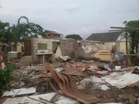 7 Rumah di Lahan TNI AU Cikopo Dirobohkan