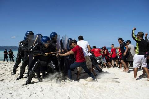 Duterte Resmi Tutup Pulau Wisata Boracay