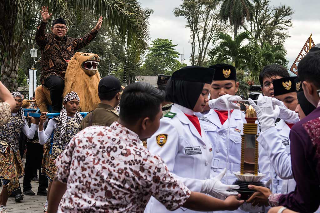 Pemprov Jabar Gelar Kirab Piala Parasamya Purnakarya Nugraha