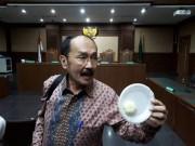 Fredrich Dituding Berbohong soal Kondisi Novanto
