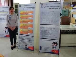 MPP Tomohon Diserbu Pembuat Paspor
