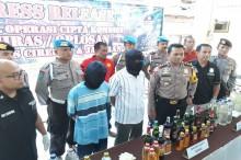 Dalam Dua Pekan, Ribuan Botol Miras Dirazia di Cirebon