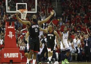Rockets Segel <i>Game</i> Pertama Semifinal Wilayah Barat