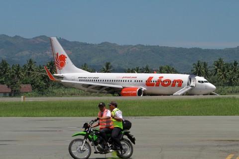 Bandara Djalaludin Gorontalo Ditutup, Ratusan Penumpang Terlantar