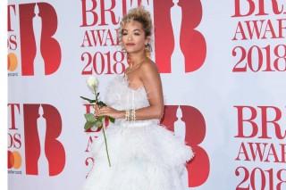 Rita Ora Menangis Mengenang Avicii