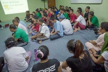 Ribuan PMI Bermasalah Dideportasi dari Malaysia