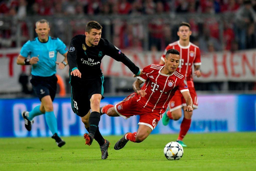 Suasana Real Madrid vs Bayern Muenchen. (Foto: AFP/Guenter Schiffmann)