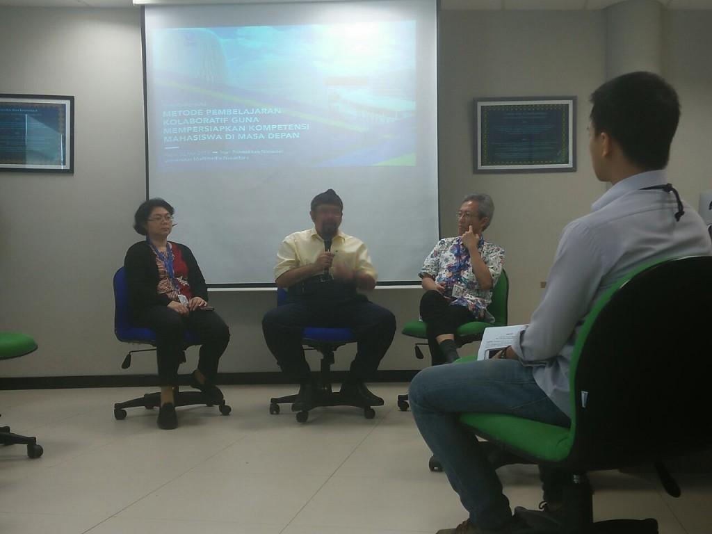 Wakil Rektor I UMN bidang Akademik Hira Meidia, Rektor UMN Ninok Leksono,  Wakil Rektor II UMN bidang Administrasi Umum dan Keuangan, Andrey Andoko, di News Room kampus UMN, Tangerang.