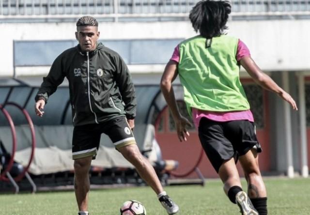 Cristian Gonzales (kiri)-Dok: PSS