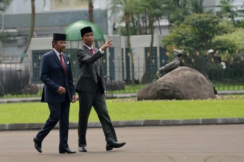 Jokowi Bahas Perdagangan dengan Sultan Brunei