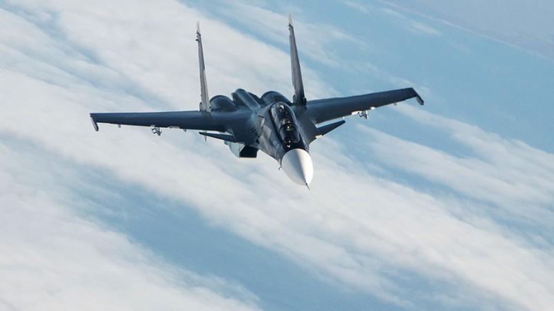 Pesawat Sukhoi SU-30sm yang biasa digunakan militer Rusia (Foto: Sputnik).