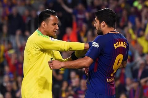 Diwarnai Kartu Merah, Barcelona dan Madrid Saling Berbalas Gol