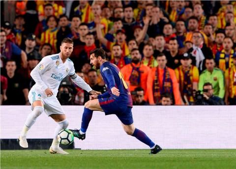 Ramos Tuduh Messi Menekan Wasit saat Jeda Babak Pertama