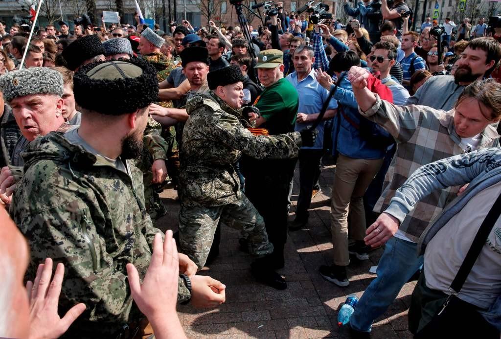 Kericuhan yang terjadi jelang pelantikan Vladimir Putin. (Foto: AFP)