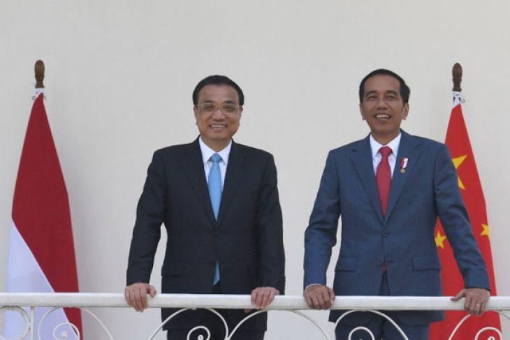 President Joko Widodo (right) and Chinese Premier Li Keqiang (Photo:Antara/Puspa Perwitasari)