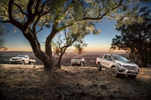 Mazda BT-50 Terbaru, Ada Fitur Apple CarPlay & Android Auto