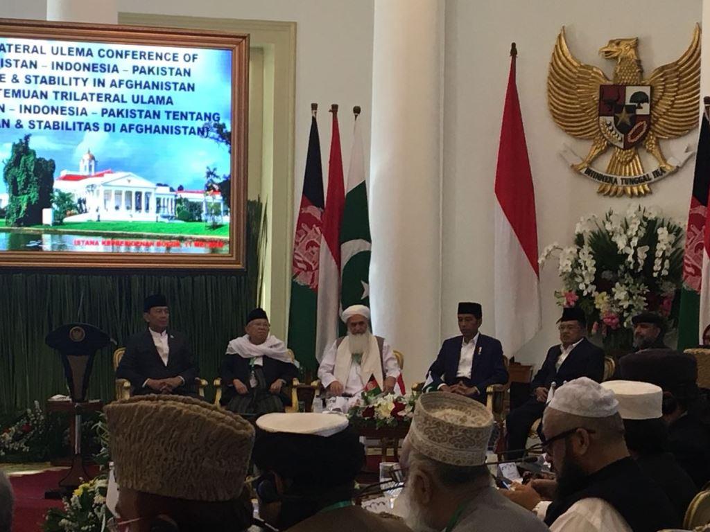 Presiden Joko Widodo membuka pertemuan trilateral ulama di Istana Bogor. (Foto: Medcom.id/ Sonya Michaella).