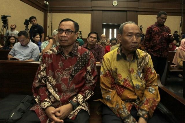 irman (kiri) sugiharto (kanan). Foto: Antara/ M Adimaja.