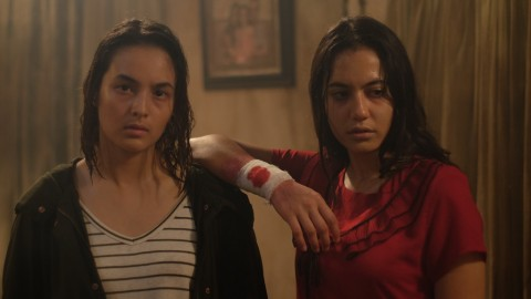 Aksi Chelsea Islan dan Pevita Pearce di Teaser Sebelum Iblis Menjemput