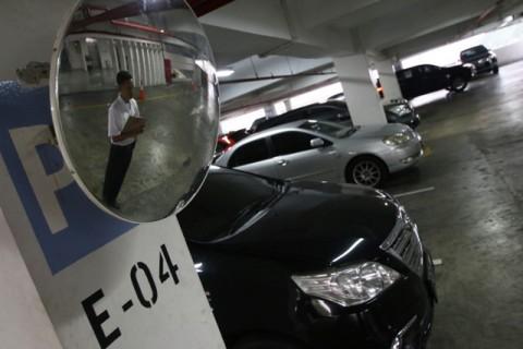 DKI Berencana Kerek Pajak Parkir