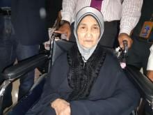 Hilang Kontak Selama 28 Tahun Nenek Jumanti Tiba di Tanah Air