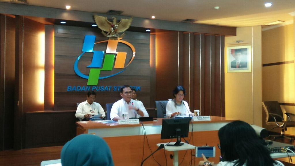 Kepala BPS Suhariyanto (tengah). (FOTO: Medcom.id/Kautsar).