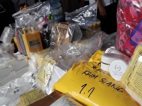 Badan POM Gerebek Pabrik Kosmetik Ilegal