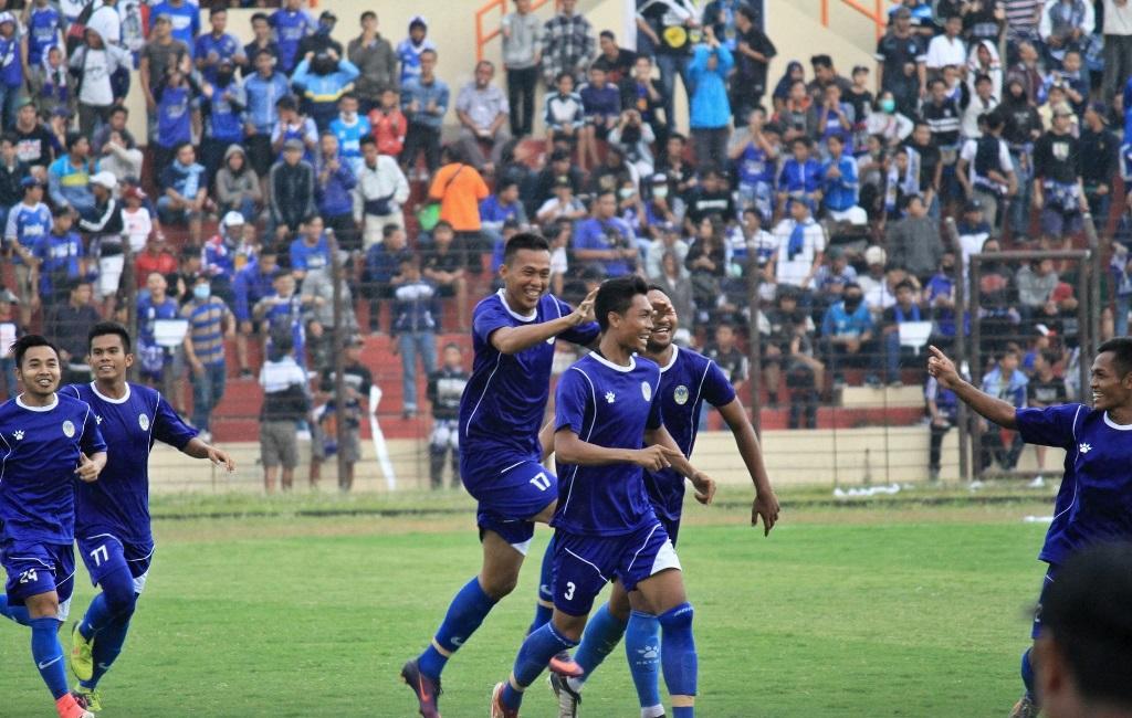 Para pemain PSIM Yogyakarta saat melakukan perayaan gol. (Foto: Media Officer PSIM)